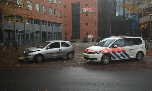 Aanhouding na flinke aanrijding Theresiastraat Den Haag